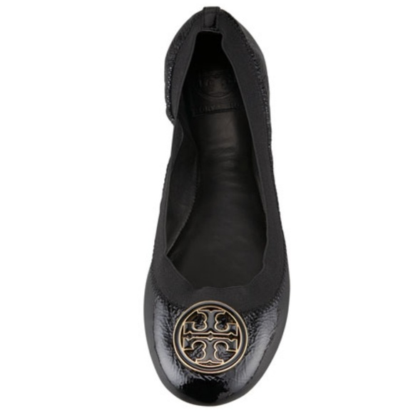 3d0a5cf1fc98 Tory Burch Caroline Patent Leather Flats 7.5 Black.  M 5b25dc87a31c3398036a3f82. Other Shoes ...